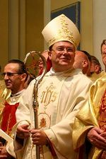 Архиепископ Паоло Пецци